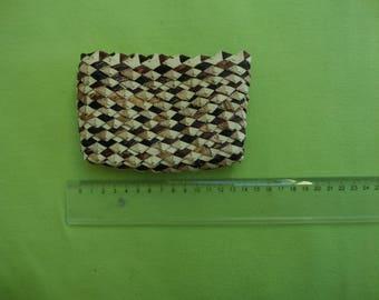 Afrikansicher purse from banana leaves, from Rwanda
