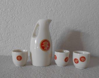 Shochikubai Japanese ceramic Sake bottle with 3 cups/Pine tree/Bamboo/Apricot flower/ Red/White