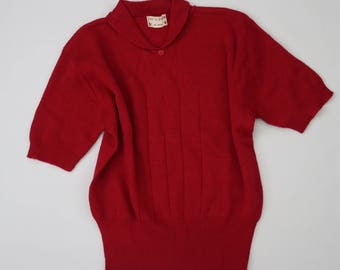 Vintage 1950s cherry red pullover