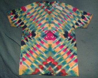 "tie dye t shirt adult large""radiowave"""