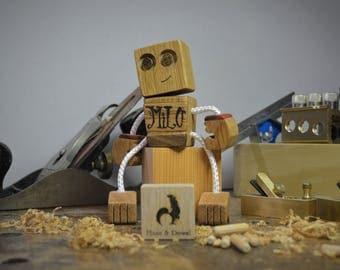 """Wooden Robot """"Custom Engraved Speckbot+ """""""