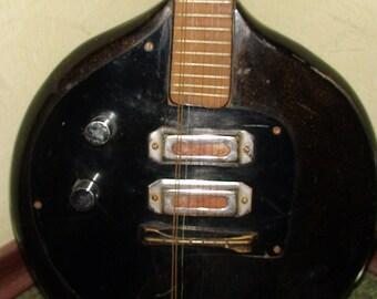Mandolin Mandolina Electric Krynk USSR Soviet Vintage and very Rare
