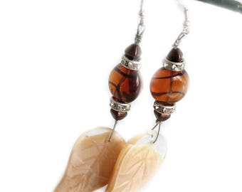 Feline nature earrings beige and Brown Topaz