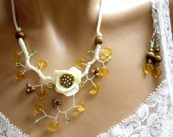 Set yellow Topaz and white Camellia flower