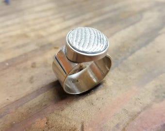 cuttle bone feature ring