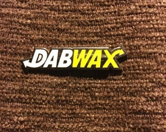 Dabwax hat pin