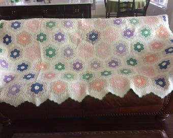 Classic Grandma's Flower Garden Quilt hand stitched vintage 1930s