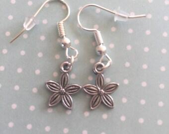 Delicate, flower earings