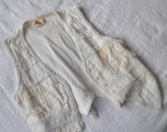 Bohemian Vintage White Tassel and lace detail Vest / Size M 8  10  12 / Cotton