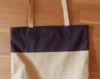 Tote bag is lined. Unique piece. Cacau collection.