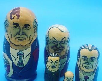 Matryoshka-set Gorbartschow, Yeltsin, Khrushchev, Stalin, Lenin, Brezhnev