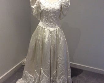 Vintage 1980's ivory wedding gown