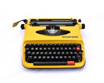 Vendex 1500TR Portable Yellow typewriter