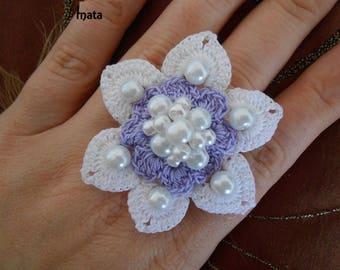 white crochet flower ring/crochet jewelry/crochet jewelry/crochet flower/white flower/lace ring/gift women/lace flower ring/gift for women/