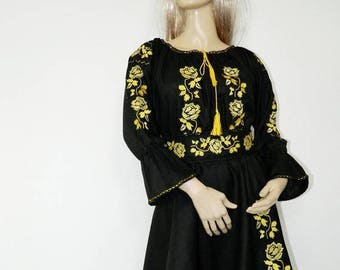 Women's embroidered dress