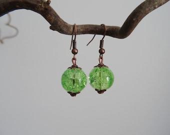 Earrings - green - Crackle glass bead - copper
