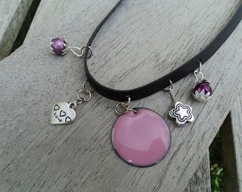 The Choker in inner tube recycled charms metal and pink beads