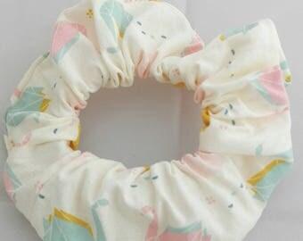 Lovely origami Swan beige scrunchie