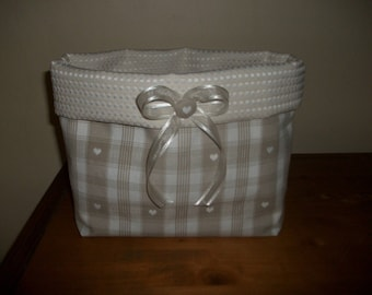 TIDY BASKET FABRIC WITH WHITE HEARTS MOUNTAIN COTTAGE CHARM