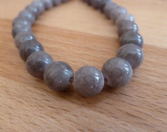 10 jade beads 8mm grey round