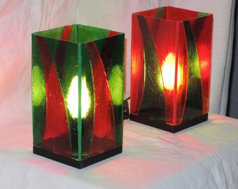 Stained glass square red green, Glasmalerei lamp, Stained glass lamp lights