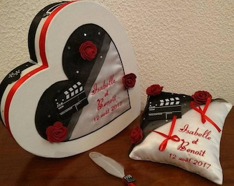 Ring pillow with piggy heart pen on the theme of the movie