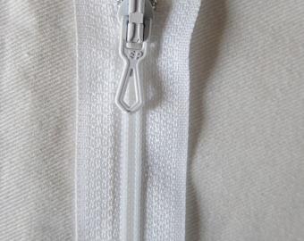 12 cm white Non detachable zipper closure