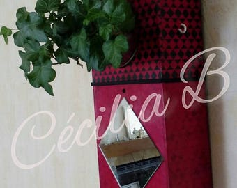 Box floral modern Scandinavian design red and black with mirror and key chain hooks