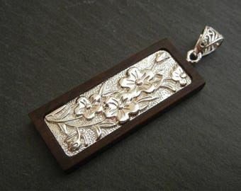 """Pendant """"Cherry blossoms"""" print Japanese wooden sandal and 950 sterling silver"""