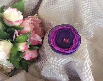 Flower 6.5 cm purple silk chiffon and pearls