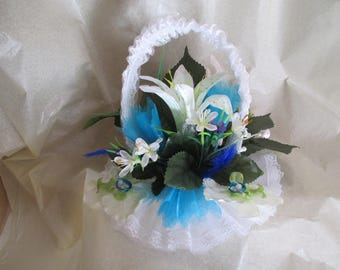 Wedding ring pillow, turquoise and white basket