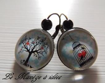 "Bronze metal Stud Earrings ""the bird and freedom"""