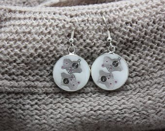 Pair of earrings 2 cm in resin and watch parts