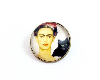 Bronze - cabochon - Frida and her cat brooch