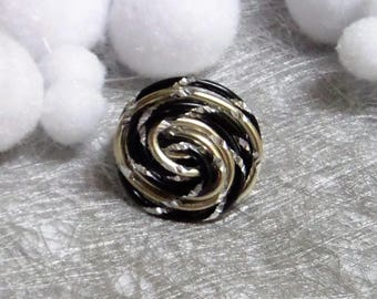 Black and champagne aluminum wire ring streaked, twisted very trendy