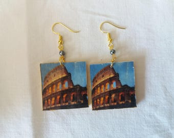 Wooden earrings. Colosseum. Rome