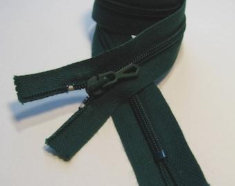 Zipper closure, 35 cm, Pine Green, non detachable mesh plastic 4 mm.