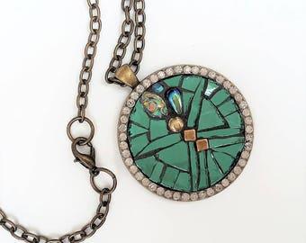Green brass mosaic pendant necklace round rhinestones