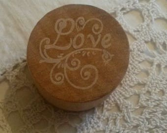 "Wooden stamp / message ""Love"" in ink"