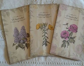 Set of 3 shabby chic gift bag / wrap paper / old paper look