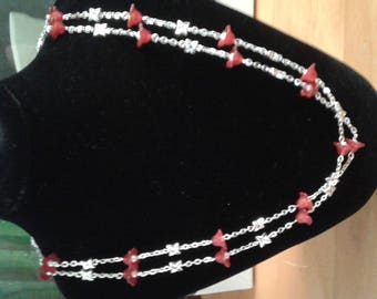 necklaces miles red chic flowers
