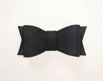 Black suede bow // black bow // suede bow // leather bow // hair bow // nylon headband // hair clip // baby shower gift // bow // black //