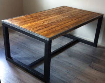 Modern dining table reclaimed table industrial style dining - Table a manger originale ...