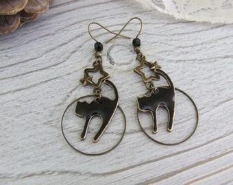 """""""History of full moon"""" earrings enameled black cat hand-made"""