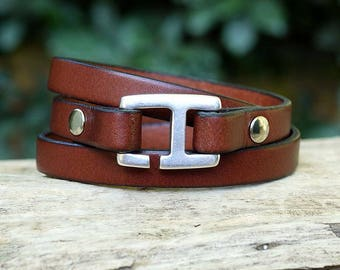 Leather bracelet for men handmade brown leather with H - 3 turns hook clasp