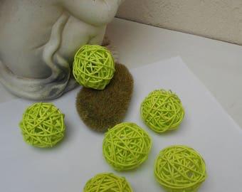 6 green rattan balls 5 cm