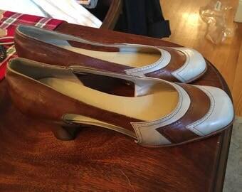 Vintage 40s court shoe