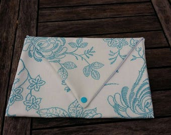 nice spring and light envelope pouch