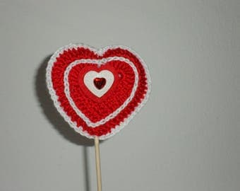 RED AND WHITE CROCHET AMIGURUMI HEART
