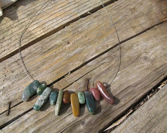 The Choker necklace made of steel and Indian agate